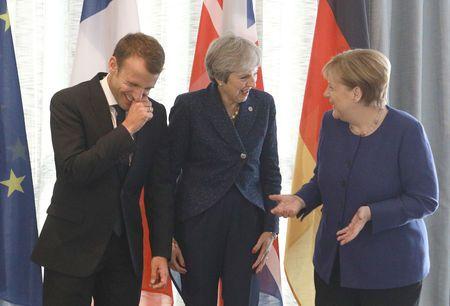 European leaders grab a beer after Brexit talks