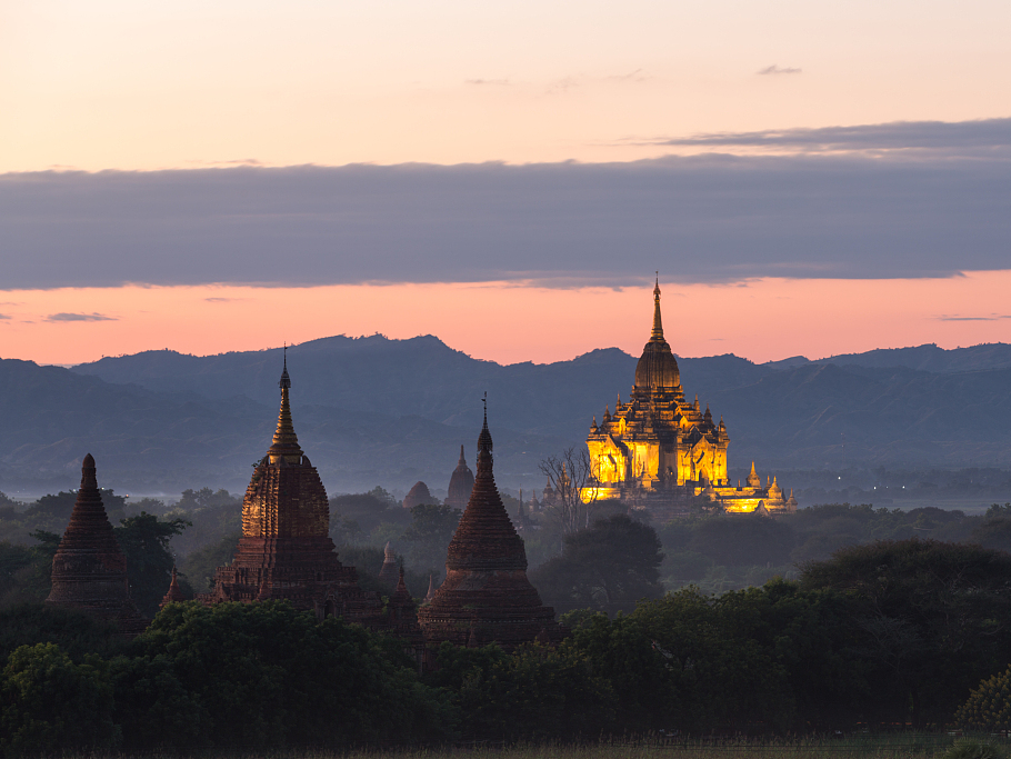 Myanmar, China strive to promote bilateral tourism industry development