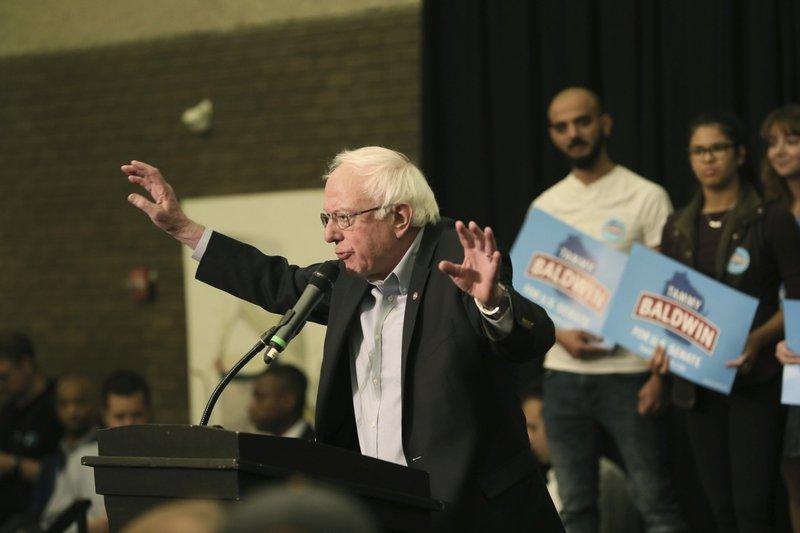 Sanders rallies Wisconsin voters before Trump, Obama visits