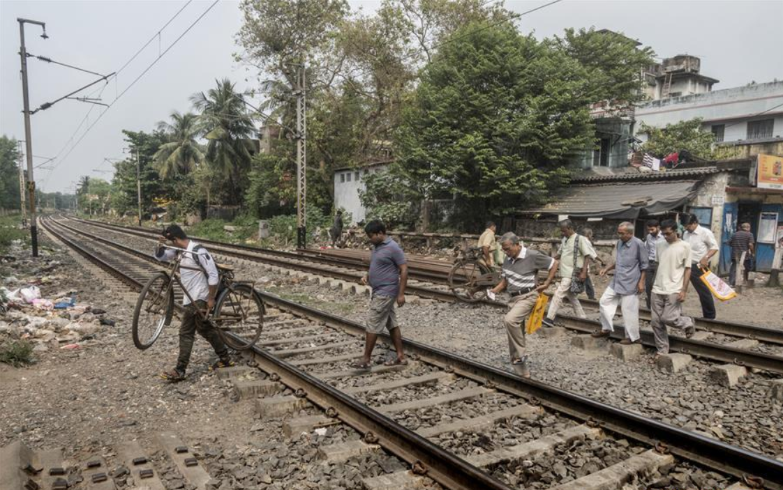 Indian Railways plans to fence all train tracks