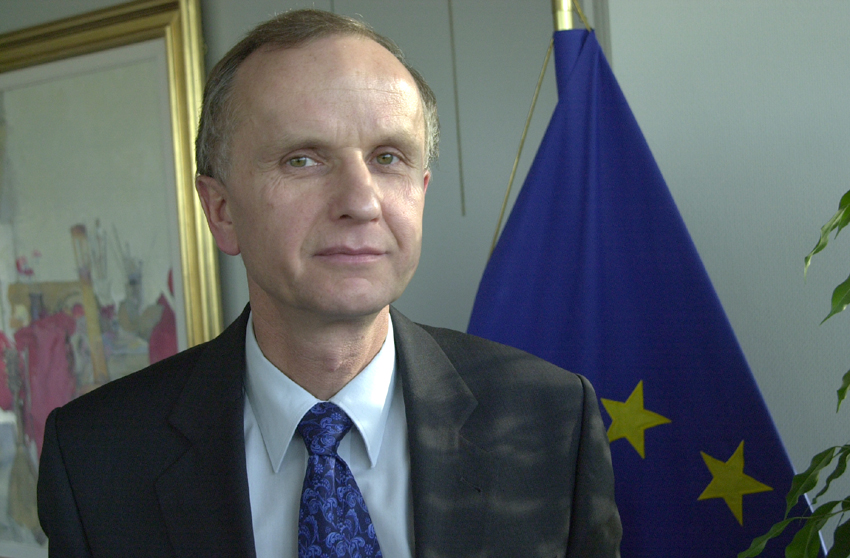 Former Polish deputy PM praises China for advocating trade freedom