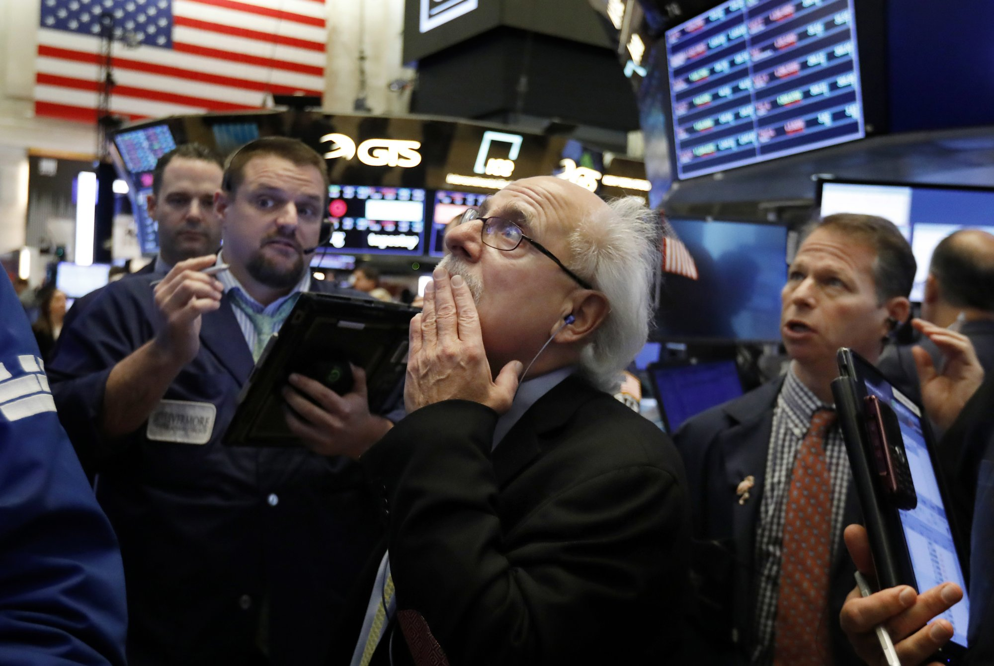Stocks slump again; S&P 500, Dow back into red for year