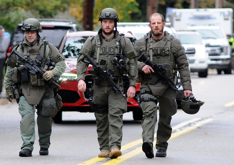 11 killed, 6 wounded in Pittsburgh synagogue rampage