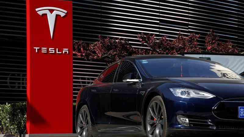 Report: Tesla under US criminal probe for Model 3 comments