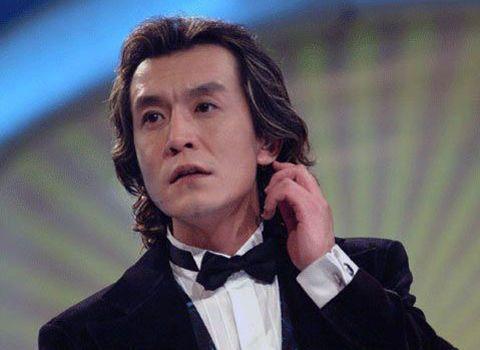 China's former star anchor dies at 50
