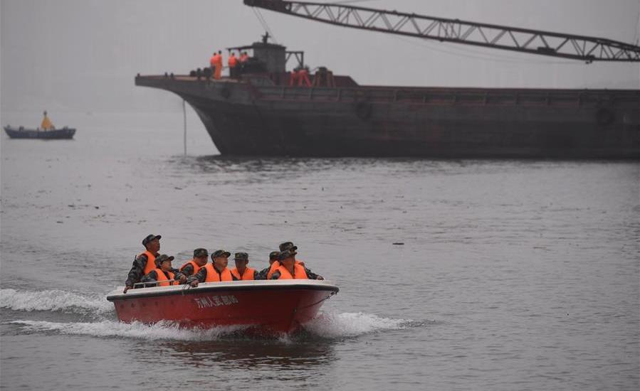 15 confirmed on board bus plunging into river