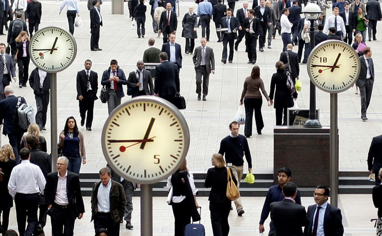 EU ministers say ending clock changes in 2019 'not realistic'