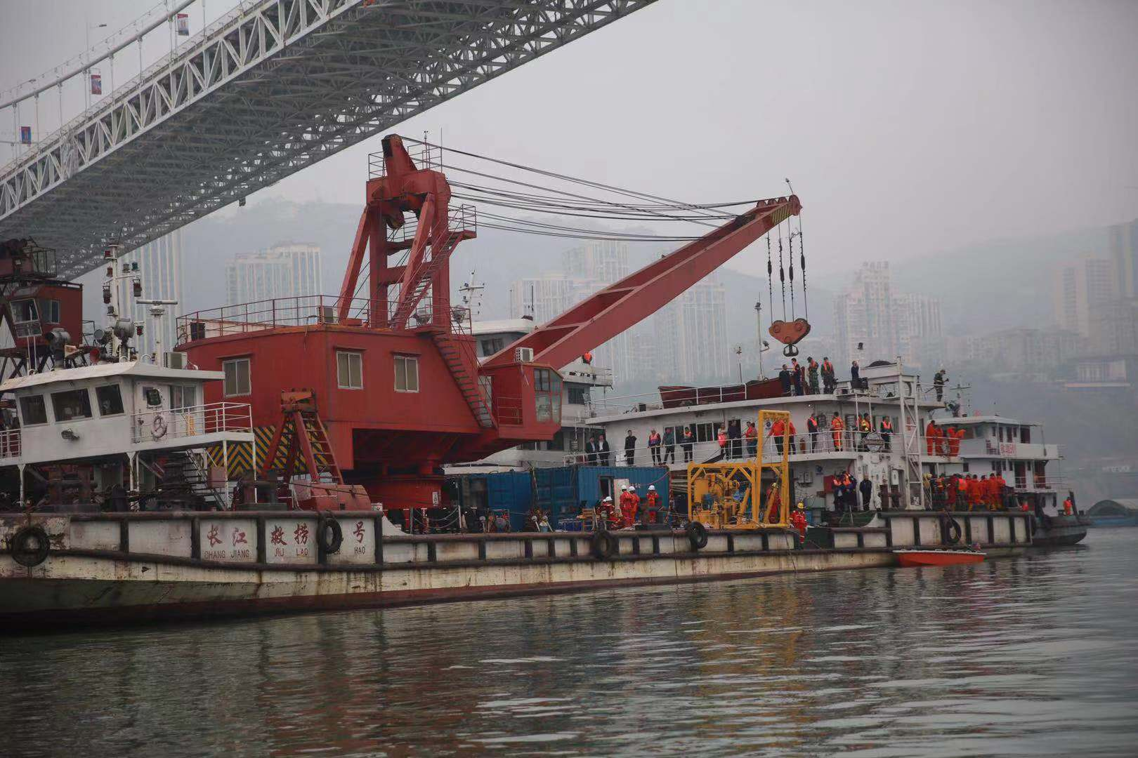 Salvage operations underway after bus plunged into river in Chongqing