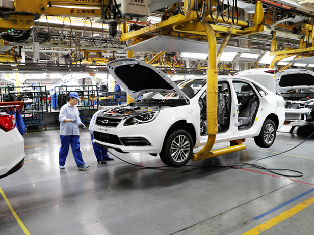 China's manufacturing activity remains stable in October
