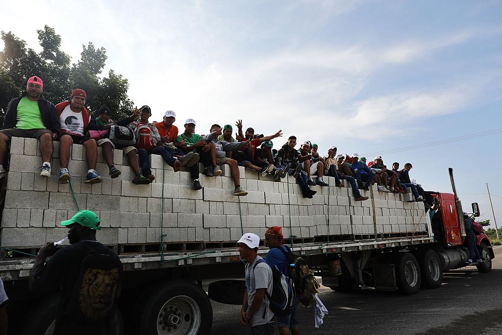 Trump pressures Mexico to stop migrant caravans