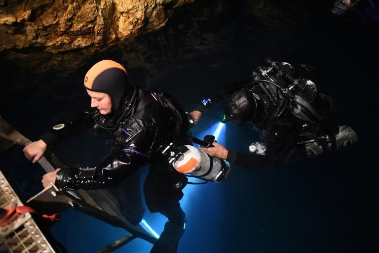 Underwater 2.jpg