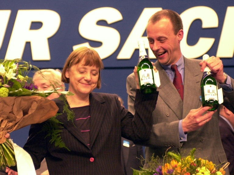 Merkel nemesis gears up to grab the throne