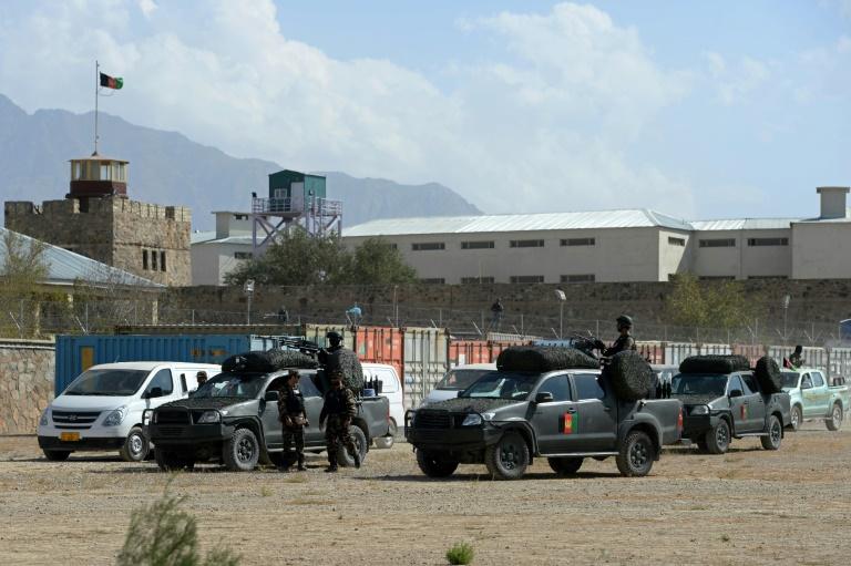 Seven killed in suicide attack near Kabul prison