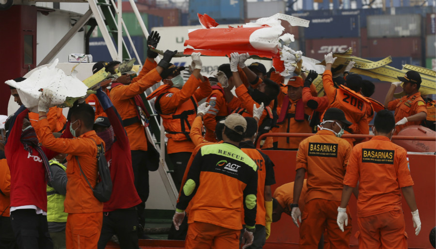Search for Indonesia's crashed Lion Air plane extended