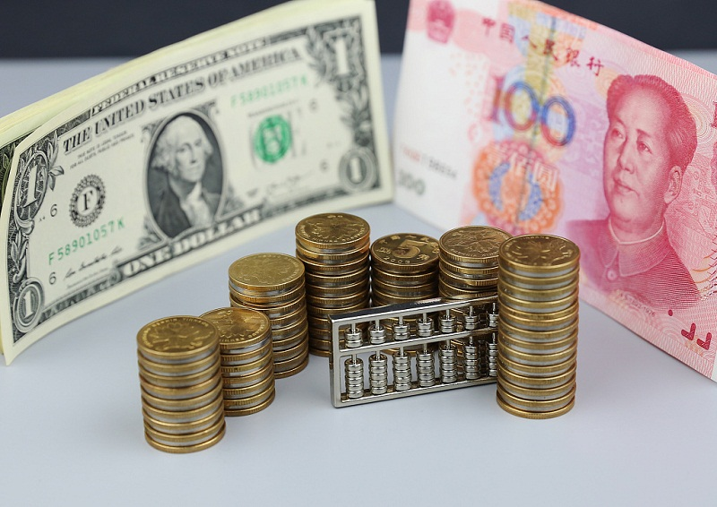 China reports current account deficit in Jan.-Sept. period