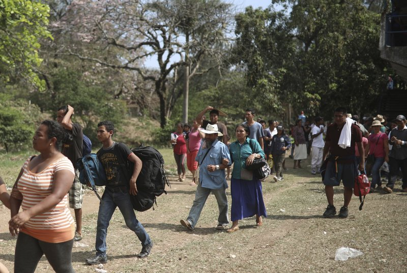 First wave of C.American migrants arrive in Mexico City