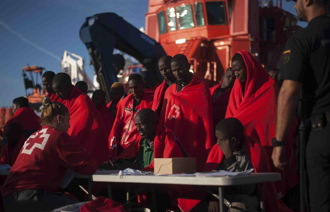 Spain finds 17 dead migrants, 100 survivors in Mediterranean