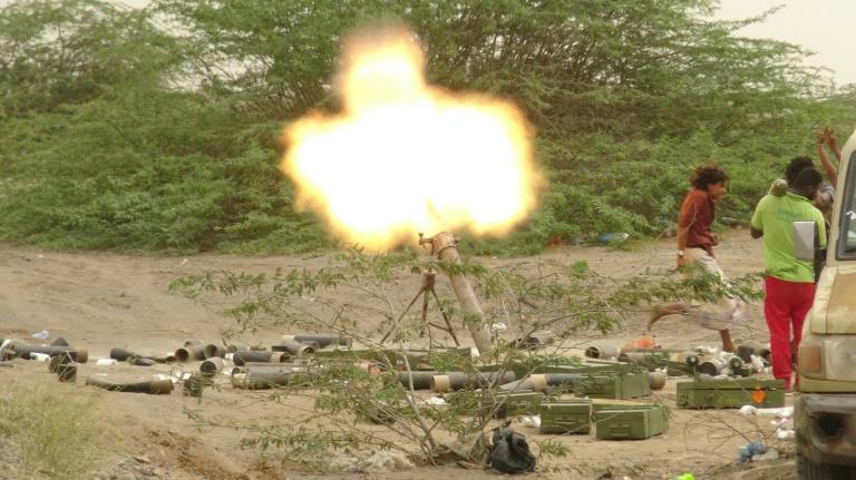 Fears for civilians rise as clashes rattle Yemen port city