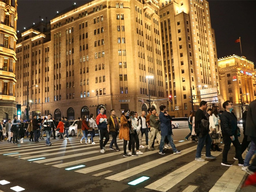First lit zebra crossing put into use in Shanghai