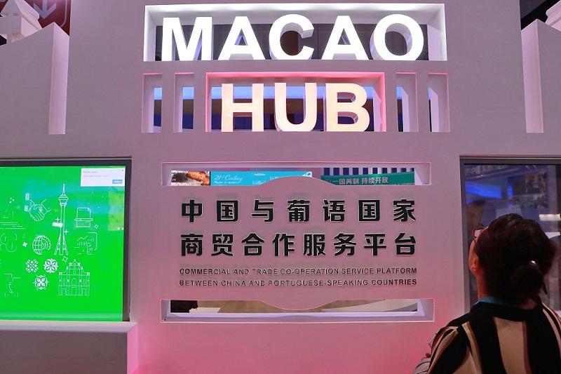 Hong Kong, Macao media speak highly of CIIE