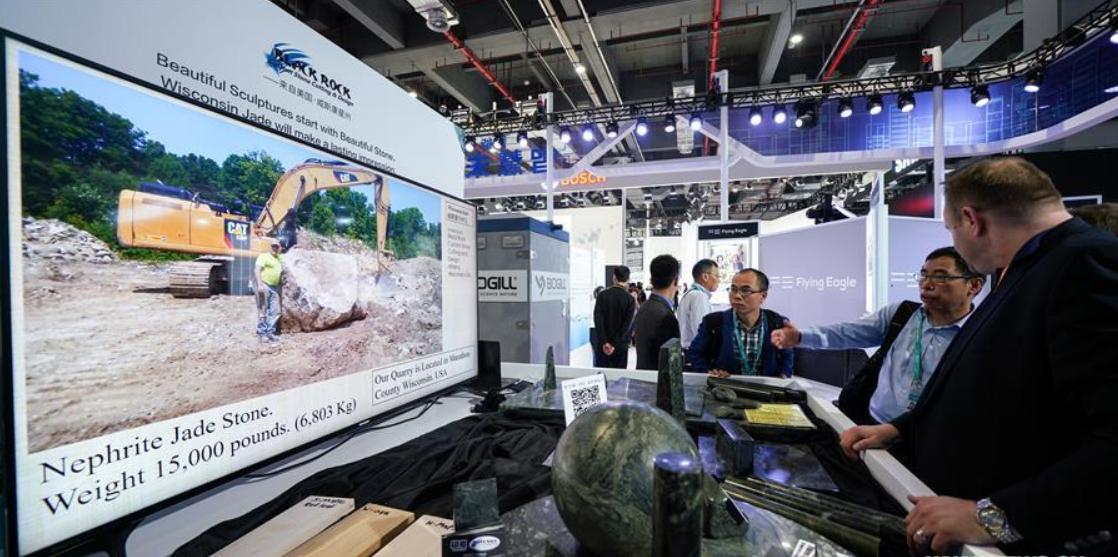 "American companies ""covet"" burgeoning Chinese market at import fair"