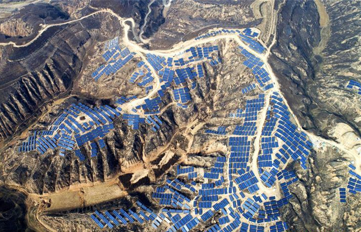 China's Suide county turns idle lands to photovoltaic power stations