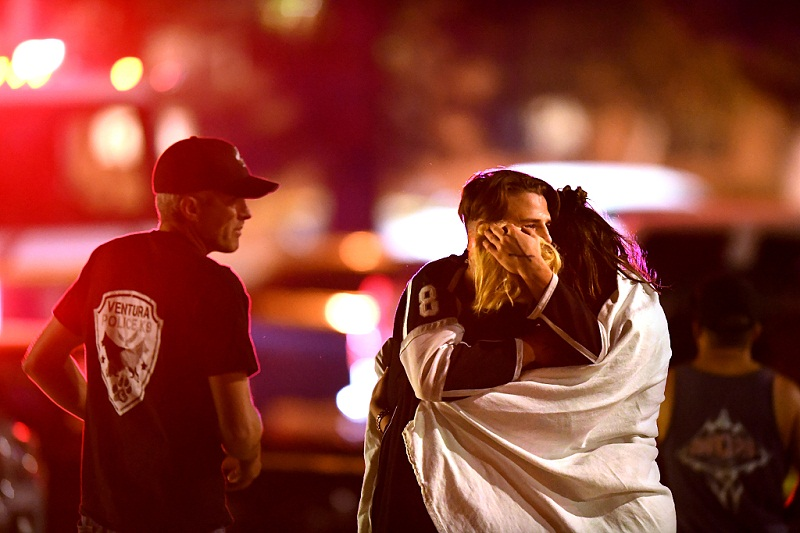 13 dead including gunman in shooting at California bar