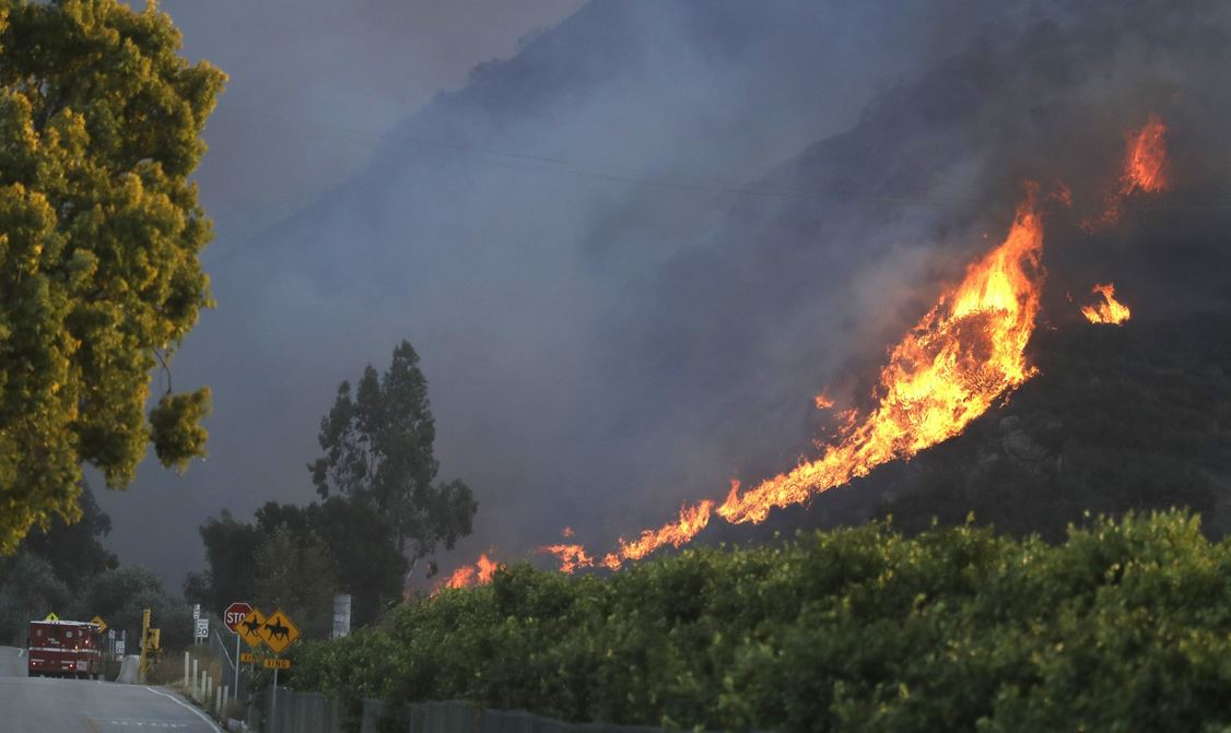 Malibu residents ordered out as California wildfire nears