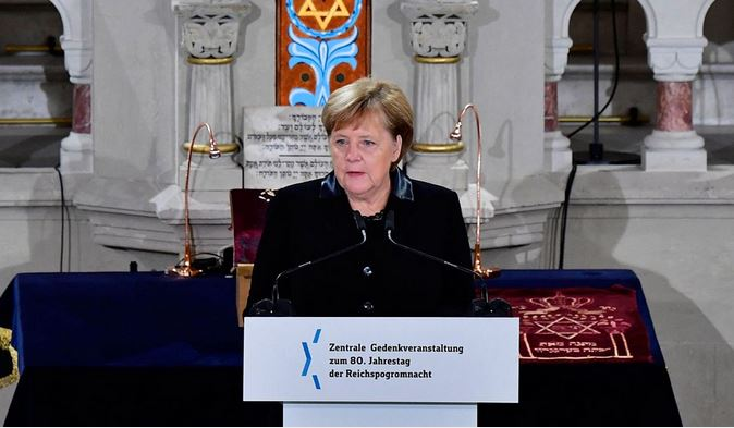 Merkel warns against rising anti-Semitism in Germany
