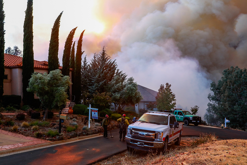9 killed in cars as fire incinerates N. California town
