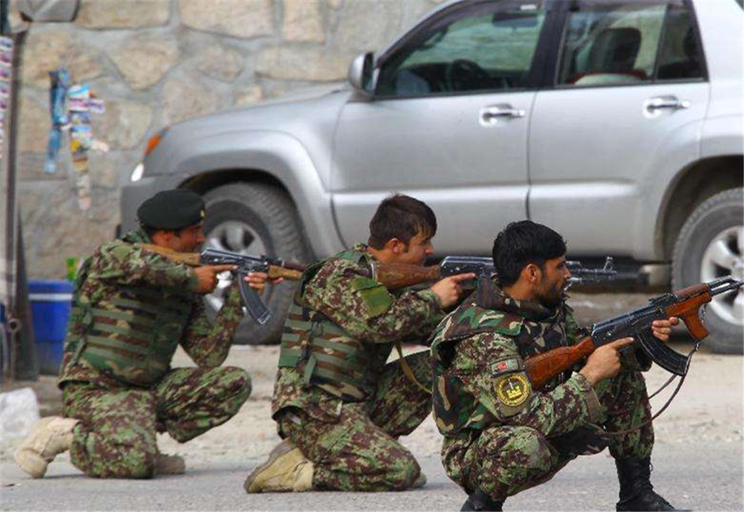 Gun battle kills 15 including 3 security personnel in W. Afghanistan
