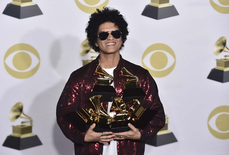 Bruno Mars to provide meals for 24K in Hawaii