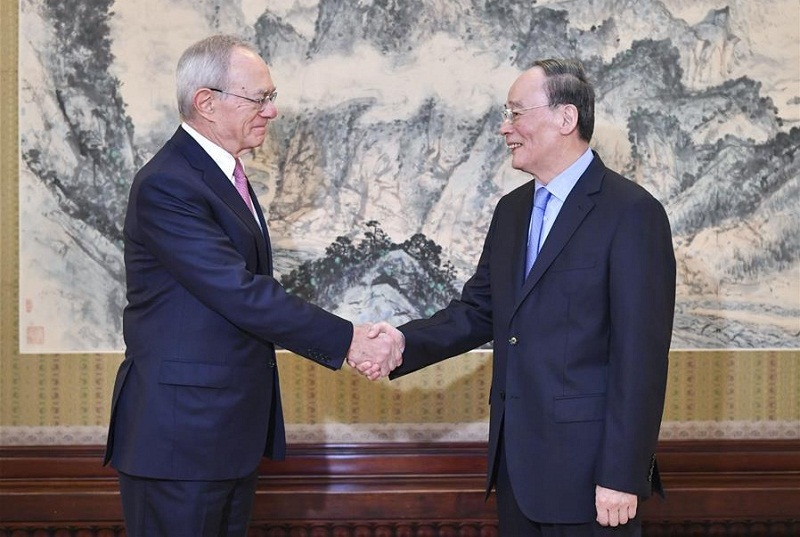 Chinese vice president meets MIT president