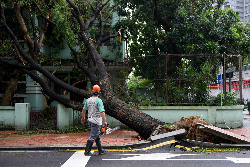 Typhoon Mangkhut causes economic loss of 192 mln USD in Macao: statistics service