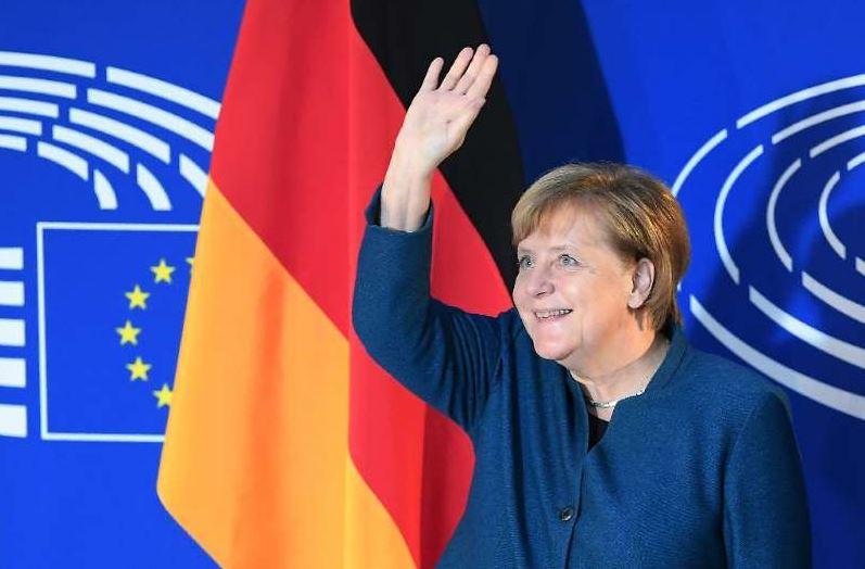 Merkel calls for a 'real, true' European army