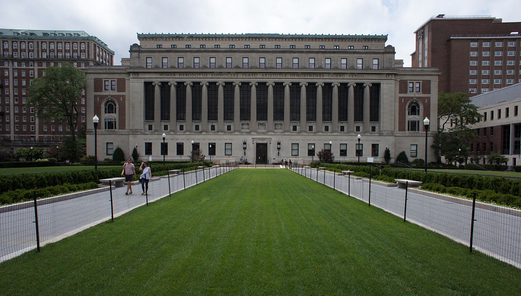New int'l students enrolling at US colleges shrink for 2nd year