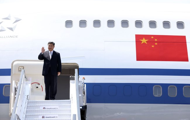 Chinese president leaves for APEC meeting, visits to Papua New Guinea, Brunei, Philippines