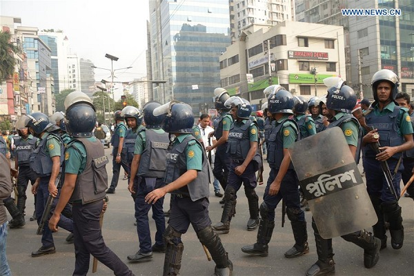 Bangladesh opposition clashes with police in Dhaka