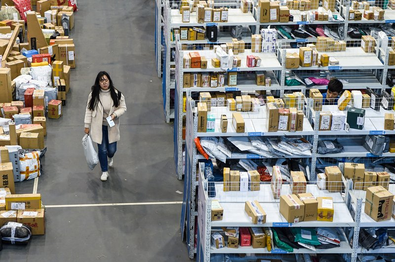 China's courier sector expands in first 10 months