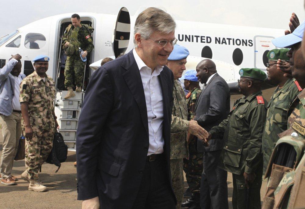 Congo rebels attack, burn homes near UN base in east