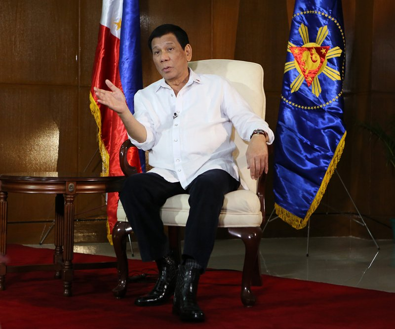 Xi's visit expected to boost China-Philippines relations: Duterte