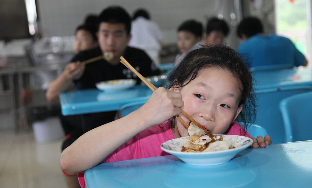 China publishes cases of violating child-rights