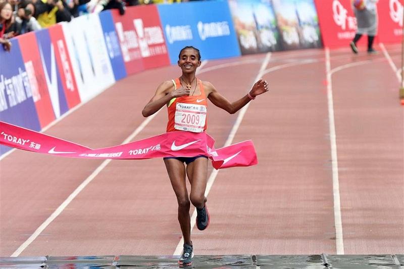 Ethiopian runner creates new women's record for Shanghai marathon