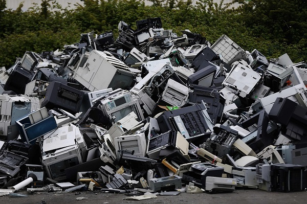 German authorities warn damages caused by incorrect disposal of electronic waste