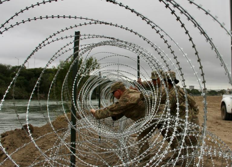 US Army border fence.jpg