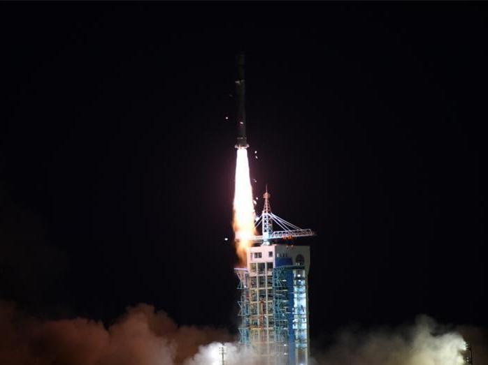 China sends five satellites into orbit via single rocket