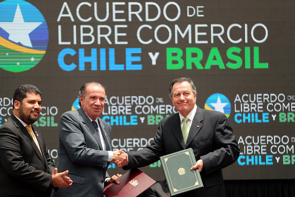 Chile, Brazil ink free trade accord