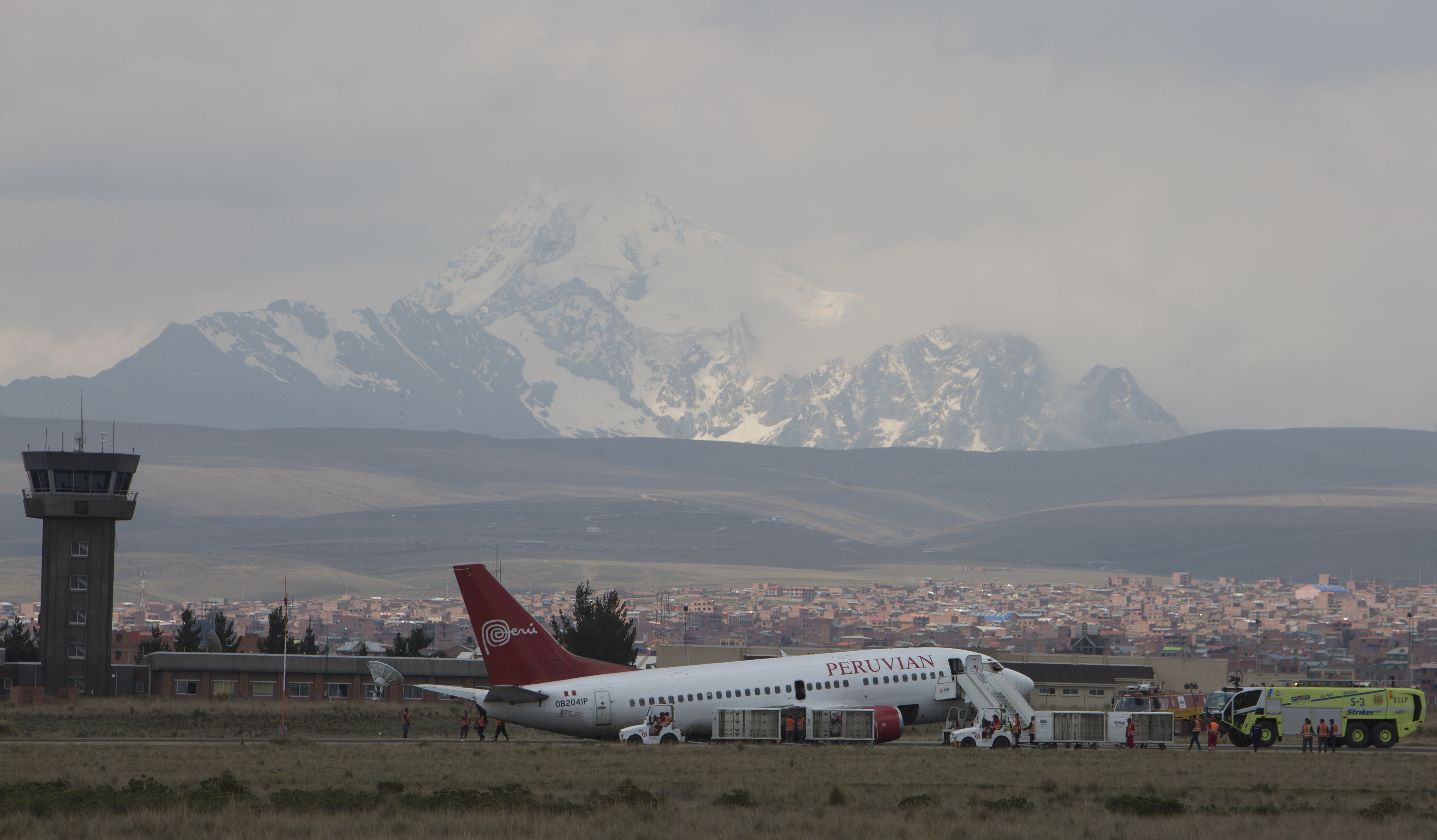 Landing gear collapse as plane lands in Bolivia; none hurt