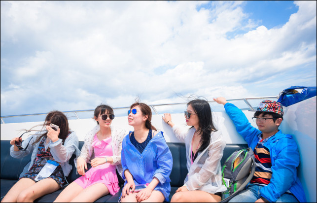 China's female tourists outnumber male in seeking overseas DIY travel