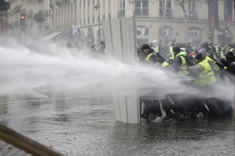 Macron condemns violence at French protests
